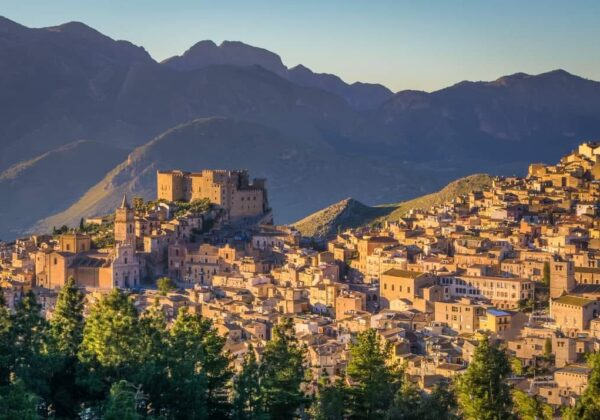 Caccamo. A concentrate of tastes and historical-natural beauties